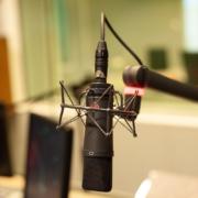 come prepararsi per cantare in uno studio di registrazione